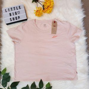 Woman's Levi's Pink Logo T-Short NWT